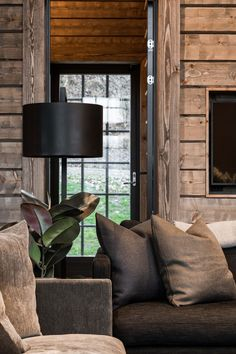 Rustic Elegance, Modern Rustic, Modern Farmhouse, Farmhouse Style, Cabin Homes, Log Homes, Chalet Style, Cabin Interiors, French Country Decorating