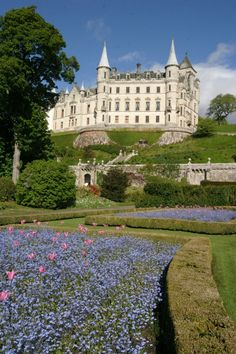 Dunrobin Castle Sutherland , Scotland.. This is going on my list of places to visit on my next trip to Scotland.
