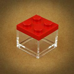 6 X MINI CAIXA LEGO EM PLEXIGLASS | 7 CORES | VERMELHO | Caixa em plexiglass empilhável | UTILIZE ESTA MINI CAIXA LEGO COMO LEMBRANÇA EM FESTAS DE CRIANÇAS. PODE ENCHÊ-LA DE GOMAS, AMÊNDOAS OU PEQUENOS DOCES | Cores disponíveis: Branco, Amarelo, Rosa, Vermelho, Azul Claro, Azul Escuro, Verde | Medidas: 5 cm de largura x 5 cm de profundidade x 5 cm altura.