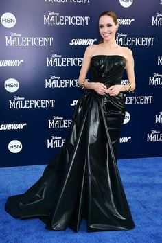Angelina Jolies dress to one of the Maleficent premieres!