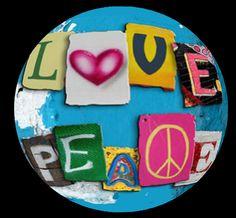 Liefde en vrede Peace On Earth, World Peace, Build A Blog, Hippie Peace, Peace And Love, Flower Power, Symbols, Concept, Invitations