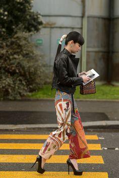 Street Style: Paris Fashion Week Day 4 – PAUSE Online | Men's Fashion, Street Style, Fashion News & Streetwear