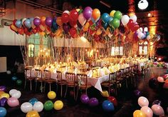 colorful helium balloons x table setting :: #party #decor
