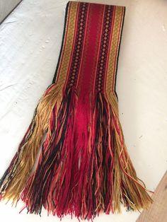 Beltestakk med bånd selges. Bunaden er et år gammel, og er brukt tre ganger. Inkludert er stakk, forkle, skjorte og belte. Tilsvarer ca str 38-40, og tilpasset ca 165 cm. Bunaden kan legges inn/ut og opp/ned. Dette kan jeg være behjelpelig med. Inkle Weaving, Tablet Weaving, Loom, Costumes, Band, Collection, Vintage, Diy, Style