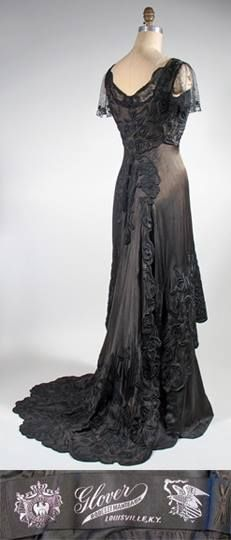 Edwardian dress- silk with Chinese embroidery 1910