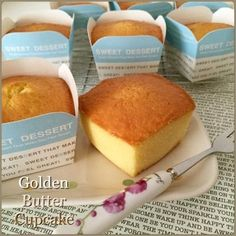 When I saw my FB friend, Lim Lee Chien& posting of those golden butter cupcakes, my next action was to scroll for her recipe. Asian Desserts, Sweet Desserts, Sweet Recipes, Dessert Recipes, Tea Cakes, Mini Cakes, Cupcake Cakes, Butter Cupcakes, Sponge Cake Recipes