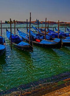 Gondola, Venice. #venice #italy #venezia