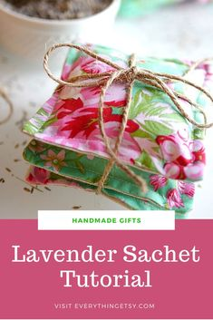Lavender Sachets are one of my all-time favorite DIY gifts!  I sold them for years in my Etsy shop and it's still fun to create new sachets with designer fabric that suits my mood or a special occasion.  This is the perfect project for all those beautiful fabric scraps you've been saving! Get creative with…   [read more] Fun Arts And Crafts, Arts And Crafts Projects, Crafts To Do, Fall Crafts, Decor Crafts, Diy Sewing Projects, Cool Diy Projects, Craft Tutorials, Sewing Tutorials