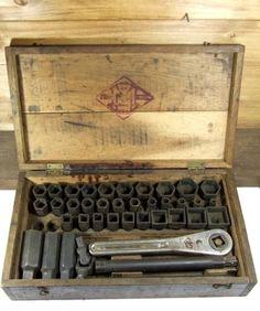 Antique-Frank-Mossberg-No-14-Socket-Wrench-Set-old-mechanic-tools-vtg