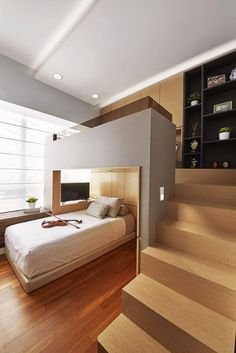 Interior Decoration Would you like to remodel your room on a low budget? Then you must enter rexgard Small Room Design Bedroom, Bedroom Setup, Modern Bedroom Design, Bedroom Layouts, Room Ideas Bedroom, Home Room Design, Home Interior Design, Bedroom Bed, Bedroom Decor