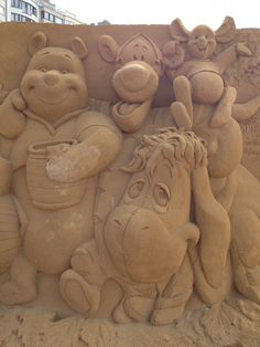 Winnie The Pooh Sand Sculpture Tigger And Pooh, Cute Winnie The Pooh, Winnie The Pooh Quotes, Winnie The Pooh Friends, Pooh Bear, Eeyore Pictures, Christopher Robin Movie, Abstract Sculpture, Bronze Sculpture