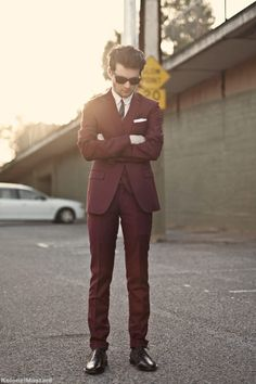 New Marsala inspiration for upcoming weddings! Love the idea of having the groom (or even the groomsmen) war head-to-toe Marsala. The brown undertones give it just the perfect touch of masculinity.