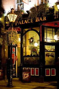 "Palace Bar ""Cosy and quiet pub in the centre of Dublin."