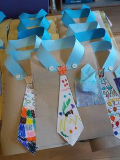 54 Easy DIY Father's Day Gifts From Kids and Fathers Day Crafts for Kids Of All Ages Fathers Day Crafts for Preschoolers, Toddlers and kids of all ages. Easy Crafts for Kids to Make for Dad for Father's Day or his Birthday Fathers Day Art, Easy Fathers Day Craft, Mothers Day Crafts For Kids, Crafts For Kids To Make, Gifts For Kids, Art For Kids, Fathers Gifts, Easy Crafts For Toddlers, Preschool Fathers Day Gifts