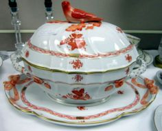 Herend China, Chinese Bouquet Pattern
