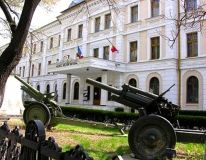 """Military Museum """"Since the museum presents a journey into past years; Bucharest Romania, Museum Displays, Past, Journey, Culture, City, Places, Travel, Beautiful"""