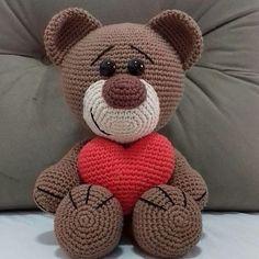 Lion Crochet, Crochet Teddy, Crochet Bunny, Cute Crochet, Crochet Animal Patterns, Stuffed Animal Patterns, Crochet Patterns Amigurumi, Crochet Animals, Knitted Dolls