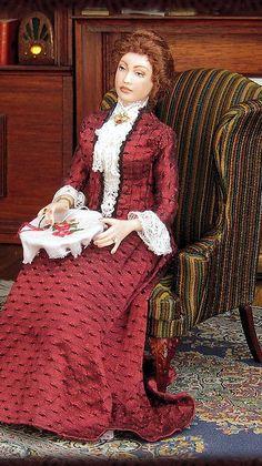 Dollhouse Dolls, Miniature Dolls, Miniature Houses, Dollhouse Miniatures, Victorian Dolls, Vintage Dolls, Dream Doll, Tiny Dolls, Felt Dolls