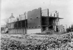 Demolishing the Old Bathurst Gaol in New South Wales in 1888. •State Library of NSW•   🌹