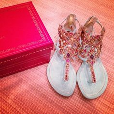 Love these sandals <3