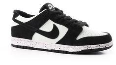 58b6e063b1b1 Nike SB Dunk Low Pro SB Skate Shoes