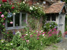 cottage garden 1 english country style english country decor and country style - Garden Design Cottage Style