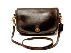 Coach Messenger Cross Body Bag // Small 1970s Courier Black Leather
