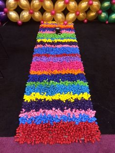 Our colorful balloon rug at the Halloween & Party Expo! #hpe15