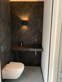 Bathroom Design Luxury, Bathroom Design Small, Small Toilet Room, Toilet Sink, Downstairs Toilet, Toilet Design, Bathroom Toilets, Bathrooms, Bathroom Inspiration