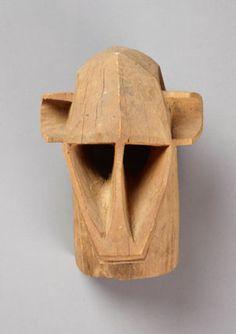 """Masque """"Dege"""", Dgon, collecté à Opti, Mali, en 1931, bois de Tage, Musée du quai Branly"""