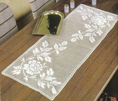 World Crochet: Tablecloth 263