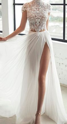 Style Spacez: 20 Super Cheap Lace Dress To Buy - Vestito da sposa Prom Dresses, Formal Dresses, Wedding Dresses, Marriage Day, Anna Campbell, Princess Outfits, Elegant Wedding Dress, Backless Wedding, Lace Dress