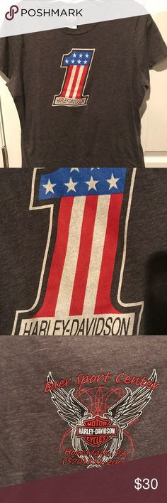 HD short sleeve T-shirt Retro 70's look- reminds me Evel Kinevel's outfit and bikes and when I fell in love with HD. Those who can relate go back in time  Don't be late... send an offer- that'd be fine! Harley-Davidson Tops Tees - Short Sleeve