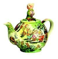 Snow white teapot << makes me feel like a kid again