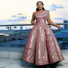 #RitaDominic serving us reception dress inspiration. More on emmanuelsblog.com.ng or Use the the link on our bio for more Don't forget to follow Emmanuelsblog weddings for unlimited wedding features and inspirations