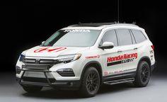 Honda-Pilot-SEMA-concepts- LOVE the baja bar on the front for my ridgeline. 2017 Honda Pilot, Honda Owners, Honda Passport, Honda Ridgeline, New Mods, Honda Cars, Car And Driver, Show Photos