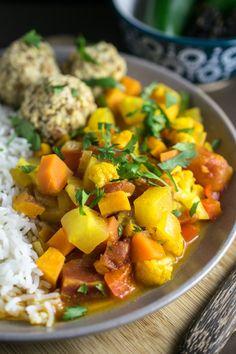Glowing Moroccan Vegetable Stew | Yup, it's Vegan