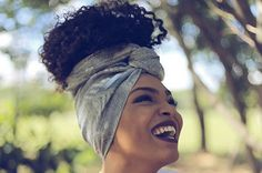 Larissa Isis se dedica a retratar pessoas e cultura negra brasileira.