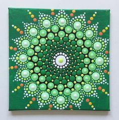 Acrylmalerei - Mandala Punktetechnik grün - ein Designerstück von Shivajyoti bei DaWanda