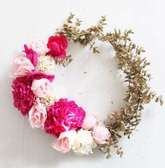 20 Pretty Spring Wreaths You Can DIY