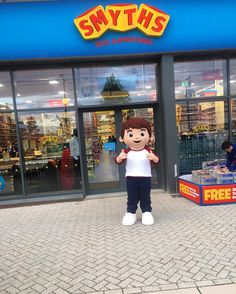 Oscar is at our new #Longbridge store and hes ready to celebrate! Come join the fun from 10am on to meet him & loads more of your favourite characters ! #IfIWereAToy  #Smyths #smythstoys #smythstoyssuperstores #heyletsplay #Shopkins #barbie #sonic #fungusfries #skylanders #playdoh #party #weekendfun #familyfun #storeopening