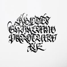 No photo description available. Gothic Lettering, Graffiti Lettering Fonts, Hand Lettering Fonts, Graffiti Alphabet, Cool Lettering, Lettering Design, Lettering Tutorial, Script Fonts, Chicano Tattoos Lettering