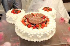 +*★こだわりのウエディングケーキ~ディズニー♡サンリオ~★*+ Disney Cakes, Culinary Arts, Cakes And More, Amazing Cakes, Cake Decorating, Sweet Tooth, Wedding Cakes, Deserts, Birthday Cake