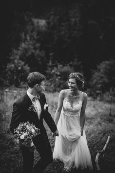 Emotional mountain wedding in Austria Wedding Moments, Kirchen, Austria, Destination Wedding, Mountain, In This Moment, Weddings, Couple Photos, Couples