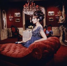 Funny Girl - Fannie Brice (Barbara Streisand) Has A Private Dinner With Nick Arnstein (Omar funny moments dog clips ass photos Funny Girl Movie, I Movie, Classic Hollywood, Old Hollywood, Hollywood Icons, Hollywood Glamour, Barbara Streisand, Army Video, Funny Cat Photos