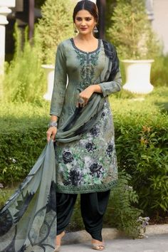Pakistani Indian Salwar Kameez Suit Stitched velours Clearance dernières £ 22 chaque