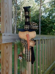 FOLK Art PrimiTive GruNgy SNOWMAN DOLL DooR GreeTer ChrisTmas Tree DecoraTion…