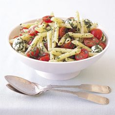 Pasta with No-Cook Tomato and Bocconcini Sauce