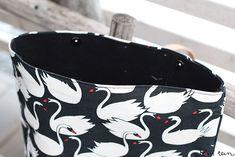 eilen tein: LUUKKU 11: DIY REPPU, OHJEET + ARVONNAN VOITTAJA Bags, Handbags, Taschen, Purse, Purses, Bag, Totes, Pocket