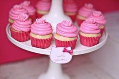 cupcakes-hello-kitty1